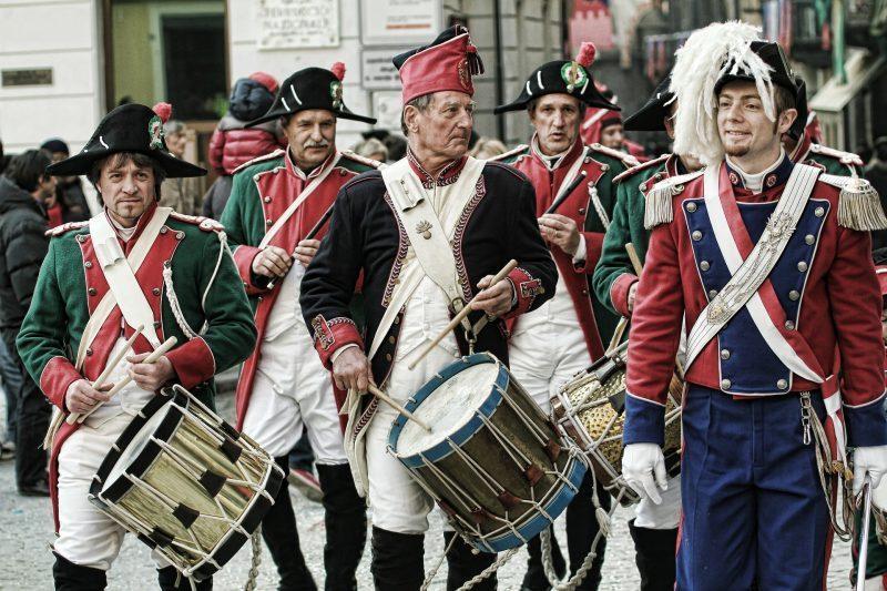 ¿Último día de carnaval y tú aún sin disfraz? ¿Y sí preguntas entre tus vecinos?